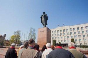 Đại diện Việt Nam tham dự kỷ niệm 149 năm ngày sinh V. I. Lenin