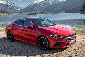 Cận cảnh Mercedes-Benz CLA 250 4MATIC 2020