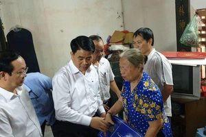 Chủ tịch Hà Nội thăm gia đình nữ công nhân bị 'xe điên' đâm tử vong