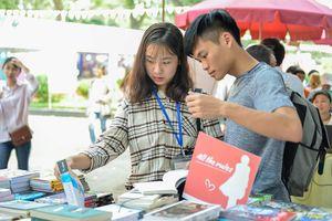 Hội sách mừng Ngày sách thu gần 12 tỷ đồng