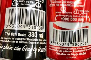 Lon Coca-Cola dành riêng cho Việt Nam: Hoang mang vì bị phân biệt