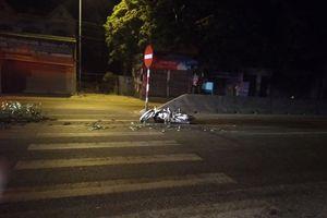 Hai xe máy va chạm, 3 người phải nhập viện cấp cứu