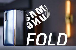 Samsung Galaxy Fold tạm hoãn ngày lên kệ