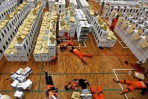 Bầu cử Indonesia: Hơn 130 nhân viên kiểm phiếu và cảnh sát tử vong