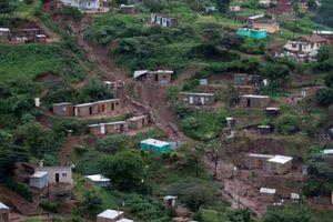 Hơn 50 người chết ở Nam Phi do mưa lớn