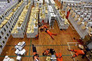 Bầu cử Indonesia: Hàng chục nhân viên kiểm phiếu, cảnh sát chết vì kiệt sức