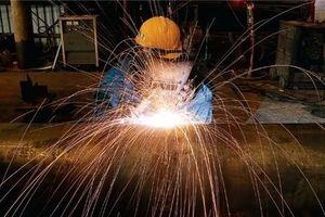 Nhà đầu tư ngoại rót 5,7 tỷ USD vào Việt Nam trong 4 tháng