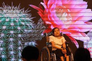 Những phụ nữ khuyết tật tỏa sáng trong đêm chung kết Vẻ đẹp hoa xương rồng