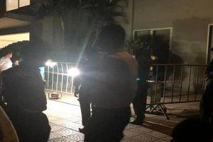 Bé gái 4 tuổi rơi từ tầng 12 chung cư xuống đất tử vong