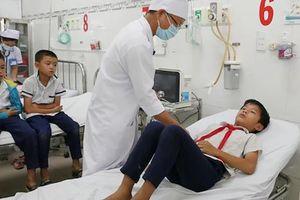 Ninh Thuận: 44 học sinh nhập viện sau khi uống sữa tại trường