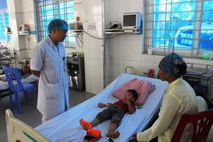 Lào Cai: Chồng đầu độc 3 con bằng lá ngón vì tức vợ đình sản