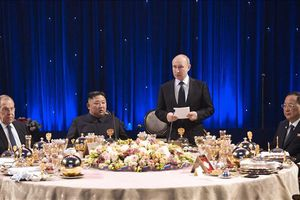 Tổng thống Putin kêu gọi hợp tác kinh tế với Hàn Quốc và Triều Tiên