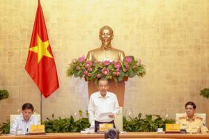 Phó Thủ tướng chỉ ra 4 tồn tại trong công tác đảm bảo TTATGT