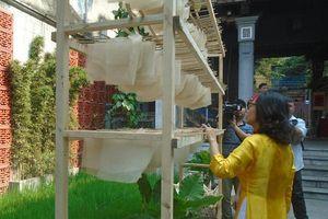 Gìn giữ nét Việt cùng giấy Dó giữa lòng phố cổ Hà Nội