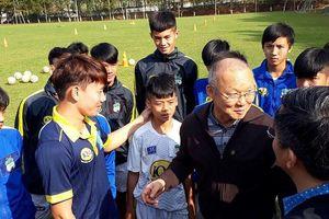 Ông Park có chịu lấy cầu thủ Việt kiều hay không do… VFF