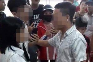 Xôn xao clip người đàn ông 'sàm sỡ cô gái trong thang máy' ở Linh Đàm