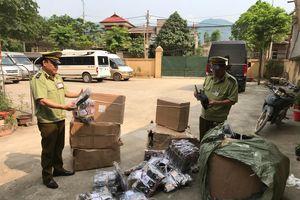 Lạng Sơn: Bắt giữ 06 xe ô tô chở khách hoán cải vận chuyển hàng hóa có dấu hiệu nhập lậu