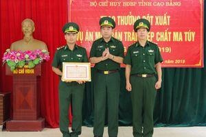 Cao Bằng: Trao thưởng đột xuất cho lực lượng bắt đối tượng vận chuyển ma túy