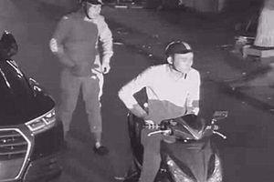 Hàng loạt gương ô tô hạng sang bị vặt trộm ở Ninh Bình