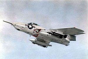 Giải mã máy bay truyền tin cực độc Mỹ dùng trong CTVN