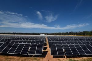 Quảng Ngãi: Khánh thành Nhà máy điện mặt trời đầu tiên của cả nước