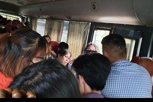 CSGT bắt xe 29 chỗ 'nhồi' 44 khách trên cao tốc Pháp Vân - Cầu Giẽ