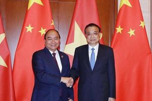 Thủ tướng Nguyễn Xuân Phúc hội đàm với Thủ tướng Lý Khắc Cường