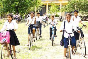 Campuchia giảm giờ học do nắng nóng