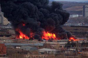 Hỏa hoạn kinh hoàng tại nhà máy chế tạo tên lửa hiện đại của Nga