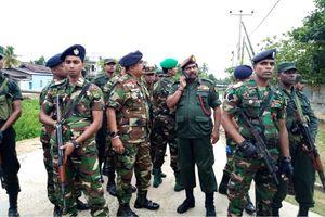 6 trẻ em, 3 phụ nữ thiệt mạng khi cảnh sát đọ súng nghi can vụ đánh bom ở Sri Lanka