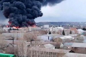 Cháy dữ dội tại nhà máy sản xuất tên lửa Nga