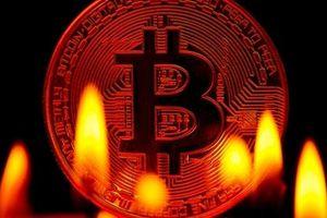 Thị trường tiền điện tử mất 10 tỷ USD trong vòng 1 giờ