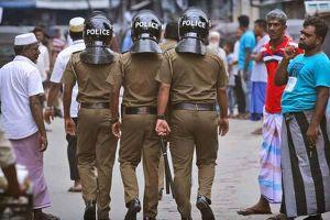 Đột kích nhà nghi can khủng bố Sri Lanka, 15 người thiệt mạng
