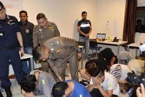 Thái Lan triệt phá đường dây siêu lừa qua điện thoại, mạng internet