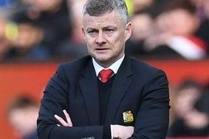 Solskjaer 'hết phép': Đã đến lúc Man Utd học theo Liverpool, Man City?