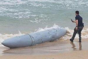 Máy bay Israel rơi mất thùng dầu khi làm nhiệm vụ