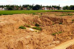 Sản xuất gạch không nung - Bài 1: Bán đất sét ruộng bất chấp thiệt hại