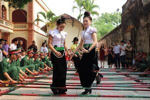 Trải nghiệm Sắc màu văn hóa Thái tại Sơn La