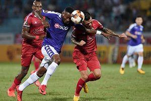 Thắng đội TP Hồ Chí Minh 1-0, Hà Nội FC giành ngôi đầu bảng