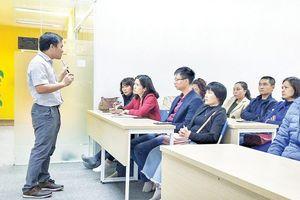 Giáo viên Việt Nam đang thiếu gì?