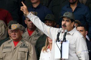 Venezuela: Các lệnh trừng phạt dầu của Mỹ có hiệu lực khi khủng hoảng gia tăng
