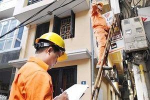 Tiền điện bất ngờ tăng vọt: Chuyên gia kinh tế chỉ ra điểm bất hợp lý