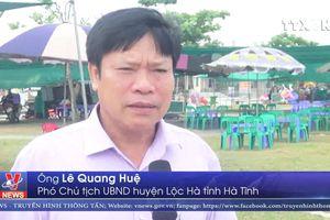 Biển Hà Tĩnh hút khách ngày nắng nóng