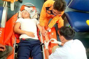 Cấp cứu kịp thời nạn nhân bị tai nạn trên vùng biển phía Nam quần đảo Hoàng Sa