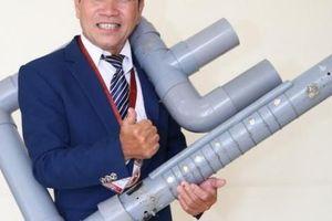 'Phù thủy đạo cụ' Việt Nam tiết lộ 'ma thuật' trong chiếc đàn tự chế từ ống nhựa