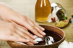 Mẹo nhỏ giúp bạn chăm sóc móng tay yếu và dễ gãy đơn giản tại nhà