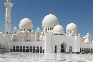 Ngất ngây với thánh đường trắng tuyệt đẹp ở Abu Dhabi