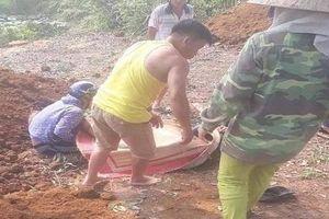 Truy bắt nghi phạm chém tử vong hai người vì mâu thuẫn đất đai