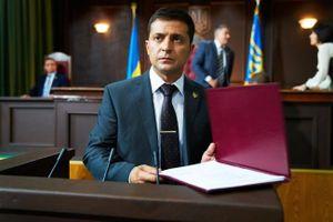 Tổng thống đắc cử Ukraine Zelensky định cấp quyền công dân cho người Nga