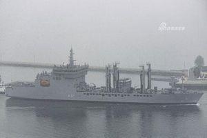 Chiêm ngưỡng dàn chiếm hạm 12 nước kéo về Thanh Đảo